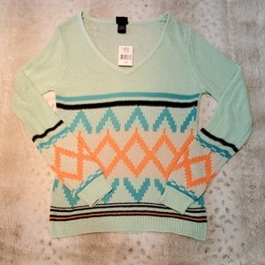 Daytrip Thin Weight Aztec Type Print Long Sweater